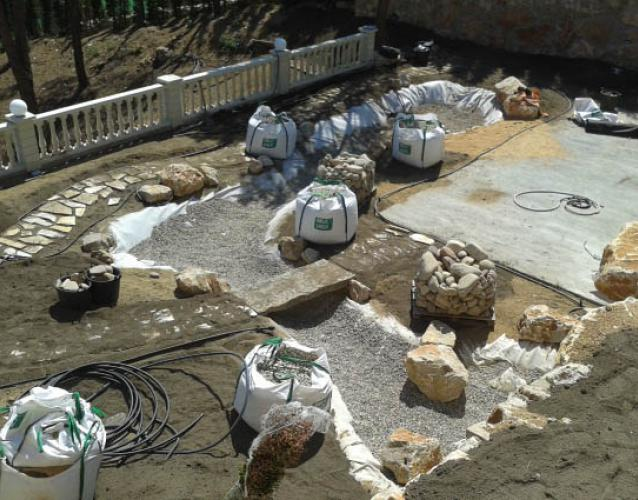Гидроизоляция декоративного пруда