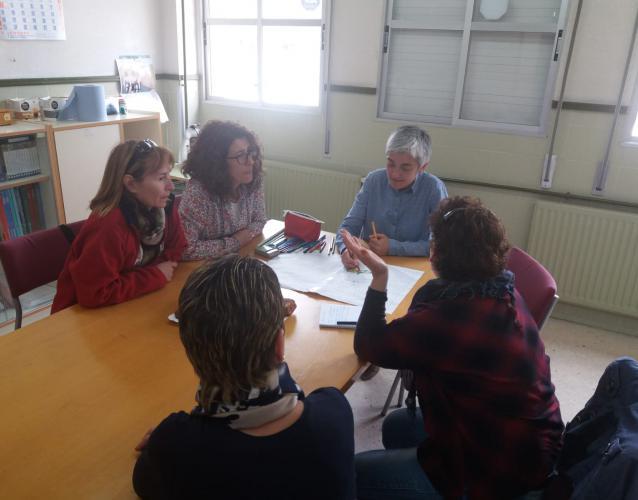 formación en las escuelas comunidades educativos